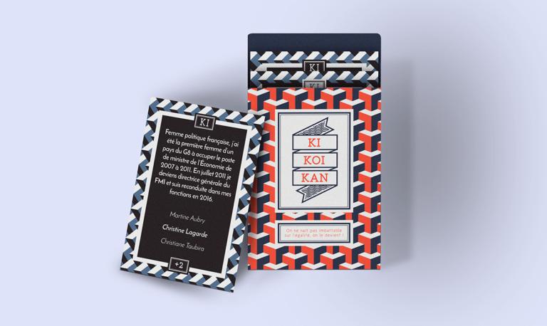 Présentation d'une carte et de la boite du jeu de carte Kikoikan